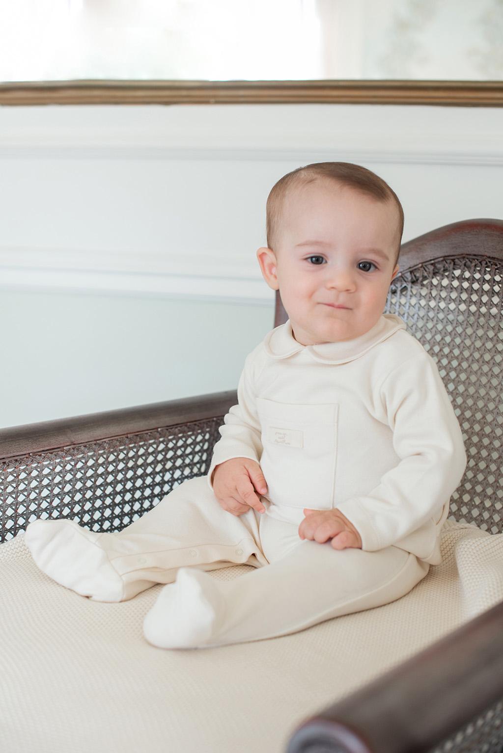 Babygrow com bolso ecru